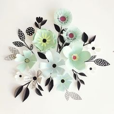 Hanna Nyman's Paper Blooms Create Pleasing Compositions