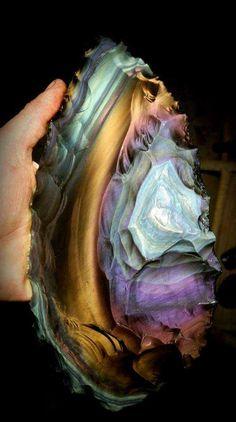 Spectacular rainbow obsidian blade (from Davis Creek, California material) Photo: Quinn Street Cool Rocks, Beautiful Rocks, Minerals And Gemstones, Rocks And Minerals, Natural Gemstones, Rock Collection, Mineral Stone, Rocks And Gems, Stones And Crystals