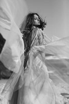 Pushing Back The Dawn / Wedding Style Inspiration / LANE