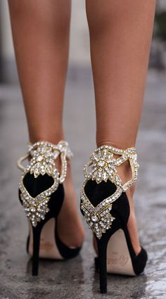 Aminah Abdul Black Suede And Crystal Pointy Pumps by Vivaluxury