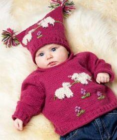Stickad tröja och mössa med får Baby Set, Knit Art, Baby Knitting Patterns, Couture, Sheep, Christmas Sweaters, Crochet, Beanie, Diy Crafts