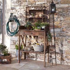 Gegen Platzmangel Auf Dem Balkon Oder Der Terrasse: Ein Regal Für ... Blumen Balkonausrichtung Welche