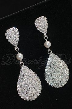 Items similar to SALE - Bridal Earrings Wedding Earrings Bridal Accessories Rhinestones and Swarovski White Pearl Earrings - Bridal Earrings.Jewelry on Etsy Prom Jewelry, Bridesmaid Jewelry, Wedding Jewelry, Chandelier Earrings, Pearl Earrings, Fashion Earrings, Fashion Jewelry, Wedding Earrings, Bridal Accessories