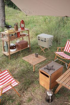 Camping Style, Go Camping, Camping Furniture, Design Language, Tiny House, Tent, Picnics, Pitch, Vacations