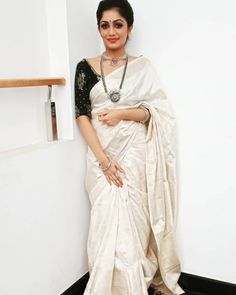 onam saree - ona _ ona hailey _ onam saree _ ona hailey outfits _ ona and brandon _ ona rares _ onam saree kerala _ ona morgan Onam Saree, Kasavu Saree, Kanchipuram Saree, Kerala Saree Blouse Designs, Saree Blouse Neck Designs, Saree Blouse Patterns, White Saree Blouse, Saree Dress, Kerla Saree