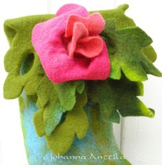 Voi ruusu! Oh, the rose! Dinosaur Stuffed Animal, Rose, Crafts, Animals, Pink, Manualidades, Animales, Animaux, Animal