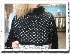 Dane-et-le-Crochet-poncho-mandala-porte--7.jpg