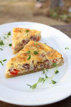Pienet herkkusuut: Juustoinen poropiirakka Savory Pastry, Tart Recipes, Croissants, Lasagna, Quiche, Easy Meals, Food And Drink, Pie, Healthy
