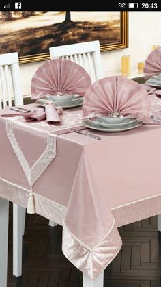 Source by gabiysugarbull clothes ideas elegant Dining Table Cloth, Dinning Table, Table Linens, Baby Girl Clipart, Crochet Placemats, Burlap Table Runners, Flower Girl Basket, Crochet Home, Table Covers
