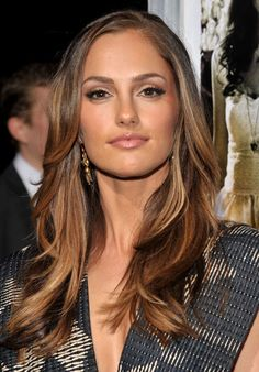 Minka Kelly Hair Color 2012 by Jennifer Andrews Base Color: 4NN (2oz) 4GD (2oz) Mix with: 20 vol developer Hi-lights: Balayage in pieces of 10 volume developer with Blue Lightening Powder Toner: 8CA (1oz) 7N (1/2oz) Silver Concentrate (1/4oz) Mix with: 10 vol