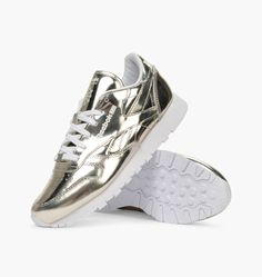 9d5b932bc9e Buy Reebok x Sandro CL LTHR at Caliroots. Article number  Streetwear    sneakers since