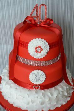 wedding anniversary ideas for husband Hochzeitstagsideen für Ehemann 40th Anniversary Cakes, Ruby Wedding Anniversary, Anniversary Ideas, Beautiful Wedding Cakes, Beautiful Cakes, Amazing Cakes, Sweet 16 Masquerade, 40th Cake, Foundant