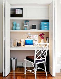 Very clean and neat cloffice.  What I like about this is the sliding doors on the top shelf.  Great idea!