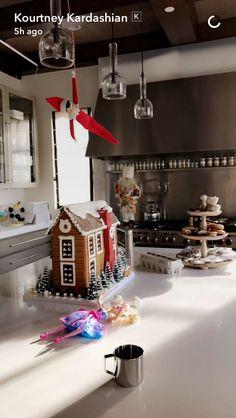 Family Christmas, Christmas Shopping, Christmas Time, Christmas Cards, Christmas Stuff, Christmas Ideas, Kardashian Christmas, Kardashian Home, Kourtney Kardashian