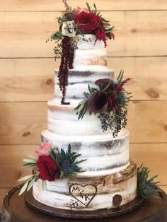 Semi-naked wedding cake idea - rustic, winter wedding cake with fresh flowers {A. Semi-naked wedding cake idea - rustic, winter wedding cake with fresh flowers Altar Ego Weddings Always wanted to be abl. Naked Wedding Cake, Burgundy Wedding Cake, Wedding Cake Rustic, Rustic Cake, Rustic Weddings, Chic Wedding, Cowgirl Wedding, Dream Wedding, Country Wedding Cakes