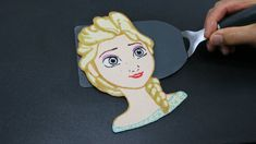 Pancake Art - Elsa (Frozen) by Tiger Tomato...beware if you show this to any little girl, she will most likely expect you to make this for her lol!