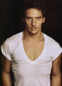 Jonathan Rhys Meyers omg is he beautiful!!!