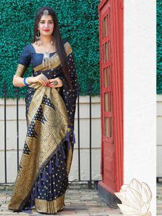 branded sarees with price | ₹3,550.00 | Visit Now : www.grabandpack.com | Contact us/ Whats app us on +919898133588, +917990485004 | Ship to All major Counties Like USA , Maurtius , Malaysia , Saudi Arabia , West Indies , Australia , Bangladesh , South Africa ,U.K , Canada ,Singapore , UAE etc. To Buy this Beautiful saree At Best Price | Design : RC004