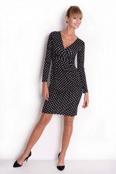 Sukienka z długim rękawem i kopertowym dekoltem w kształcie litery V,pod biustem delikatne marszczenia.Nadaje się dla każdego typu sylwetki. Dresses For Work, Fashion, Moda, Fashion Styles, Fashion Illustrations