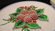 ВЫШИВКА: ПУФ с бисером     EMBROIDERY : Puffed with beads  Detached Stitch