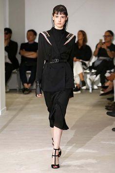 Olivier Theyskens, P-E 17 - L'officiel de la mode