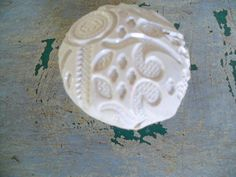 VINTAGE INSPIRED ANTIQUE Lace Drawer Knob Featured in Treasury. $7.00, via Etsy.