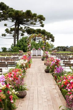 Much more about the picture here Wedding Ceremony Ideas Wedding Ceremony Ideas, Wedding Church Aisle, Wedding Altars, Wedding Aisle Decorations, Outdoor Wedding Venues, Outdoor Ceremony, Wedding Events, Ceremony Backdrop, Altar Flowers