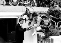 Alex Ferguson signs autographs for fans at his first match as United manager at Oxford in 1986 Liverpool Images, Manchester United Images, Manchester United Players, Norman Whiteside, Oxford United, Bobby Charlton, Blackburn Rovers, Sir Alex Ferguson
