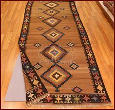 NO-SLIP CARPETS by gb-rugs  with kilim old Saveh