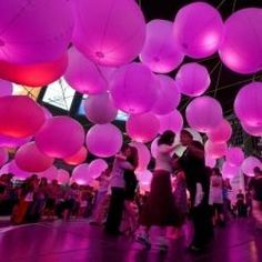 Light Play, an urban art installation for Luminato 2008, Toronto. coloured light bulbs in lanterns....easy!