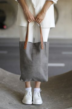SARAH Grey Leather Shopper by SPRDLX made in Netherlands on CROWDYHOUSE  #bag #summer #fashion