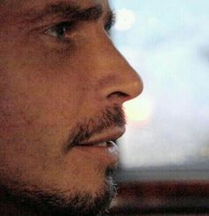 Chris Cornell..<3<3<3<3<3<3 I love his nose...perfect..
