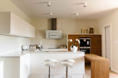 Modern white and wooden kitchen