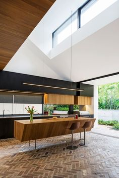 H&G Top 50 Rooms: Kitchens & Bathrooms, Check out all the kitchens and bathrooms from the 2015 *Australian House & Garden* Top 50 Rooms competition! Recycled Kitchen, Recycled Brick, Open Kitchen And Living Room, Home Decor Kitchen, Kitchen Ideas, Brick Flooring, Kitchen Flooring, Floors, Hays House