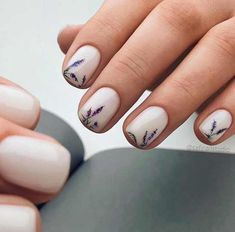 New nail art trends bring you unlimited nail design inspiration - Page 3 of 117 - Inspiration Diary Minimalist Nails, Uñas Fashion, Latest Fashion, Fashion Trends, Classic Nails, Design Floral, Manicure E Pedicure, Short Nail Manicure, Gel Manicures