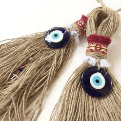 || 17 || Για το κακό το μάτι Christmas Items, Christmas Crafts, Christmas Decorations, Wedding Cake Pearls, Diy And Crafts, Arts And Crafts, Lucky Charm, Merry Xmas, Devil Eye