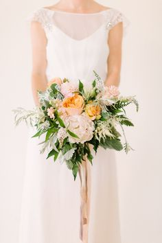 Perfect bouquet. I'm so in love. white flowers, bridal bouquets, peach weddings, wedding bouquets, pastel weddings, vaughn design, the dress, garden, silver weddings
