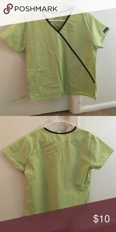 Women's light green Cherokee brand scrub top Light green scrub top with black piping around the neck/ diagonal down front left. Cherokee Tops