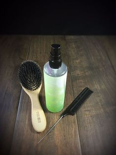 For better combability of the hair. Without washing out Hair cure spray made from Thermomix, for better combability, made of aloe vera, strengthens the hair Aloe Vera Skin Care, Aloe Vera Gel, How To Apply Lipstick, How To Apply Makeup, Skin Care Regimen, Skin Care Tips, Hair Cure, Belleza Diy, Aloe Vera For Hair