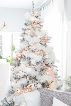Christmas Decorations that are soft and pastel. Gorgeous Farmhouse Christmas tour....