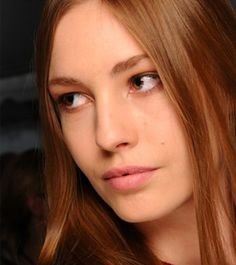 Get Straight Hair Without The Damage - DailyMakeover