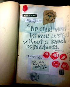 Art journal, love this as an alternative to traditional journals. I want to try this.