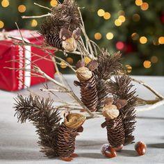 Easy and Cute DIY Pine Cone Christmas Crafts holiday homemade pinecone xmas ornaments homemade pinecone xmas ornaments 8 Pine Cone Art, Pine Cone Crafts, Christmas Projects, Fall Crafts, Holiday Crafts, Crafts For Kids, Acorn Crafts, Kids Diy, Holiday Decor