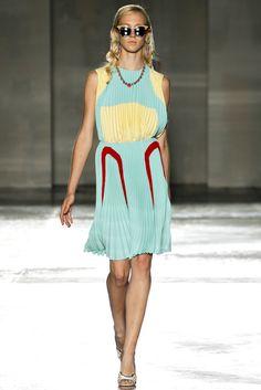 Prada Spring 2012 Ready-to-Wear Fashion Show
