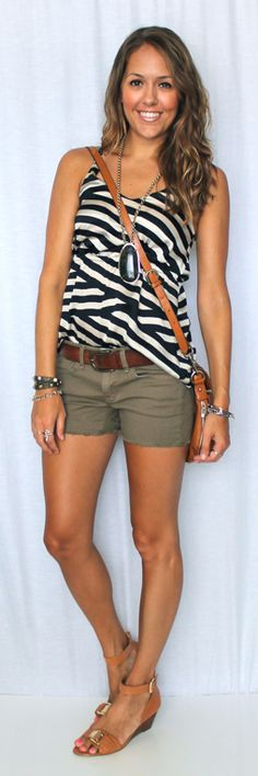 Today's Everyday Fashion: Fergie's Safari — J's Everyday Fashion, hurry up summer.!