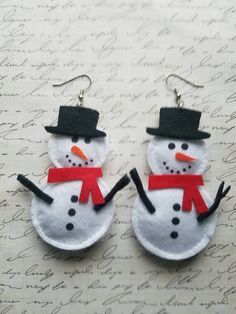 Hey, I found this really awesome Etsy listing at https://www.etsy.com/listing/497141101/snowman-earrings-felt-material-christmas