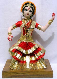 Dance Dolls of India-Bharathanatyam doll