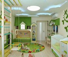 Cameretta dei bambini molto colorata con una originale illuminazione del soffitto realizzato a forma di nuvole - foto giorno