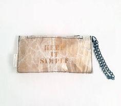 f177506b91107 gold evening bag trendy handbag clutch bag tyvek handmade Verschluss