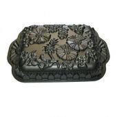 New Nordic Ware Carousel Cake Bundt Pan William Sonoma